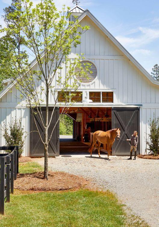 1572273224 643 where and how to use sliding barn doors 12 creative ideas - Where And How To Use Sliding Barn Doors – 12 Creative Ideas