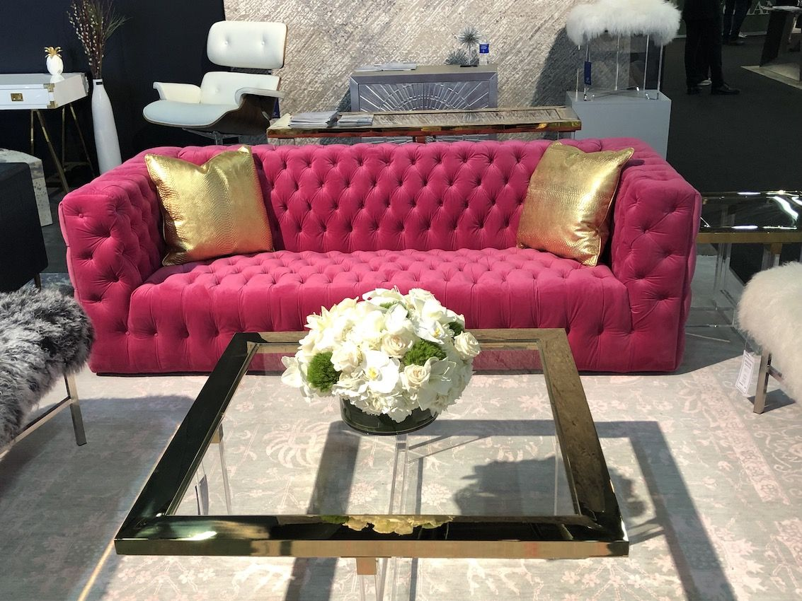 1572352409 647 these great sofa designs will spark envy among friends and neighbors - These Great Sofa Designs Will Spark Envy Among Friends and Neighbors