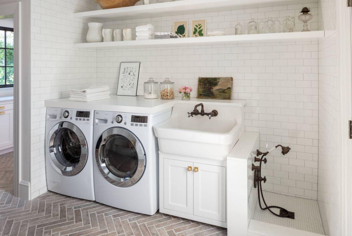 1572427580 996 stylish ways to take full advantage of your laundry shelves - Stylish Ways To Take Full Advantage Of Your Laundry Shelves