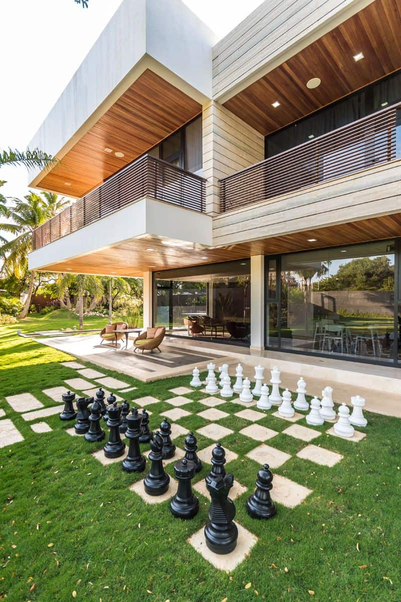 1572446304 589 10 amazing backyard landscape ideas for modern homes - 10 Amazing Backyard Landscape Ideas for Modern Homes