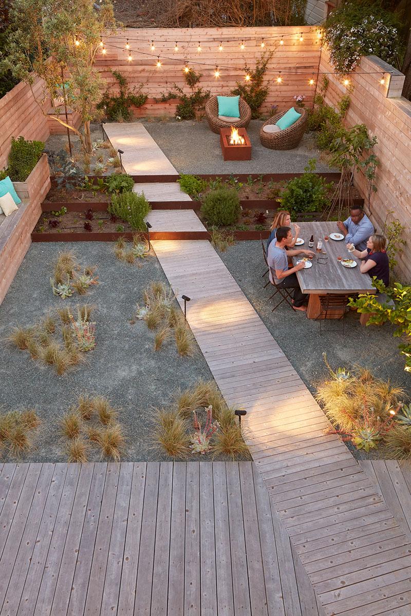 1572446305 309 10 amazing backyard landscape ideas for modern homes - 10 Amazing Backyard Landscape Ideas for Modern Homes