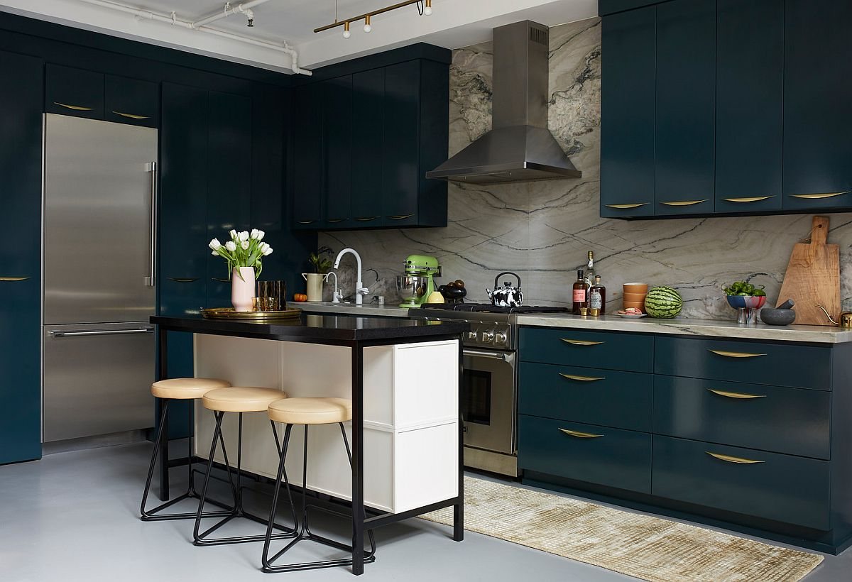 1572454284 306 space savvy goodness 10 small kitchens with tiny breakfast zones - Space-Savvy Goodness: 10 Small Kitchens with Tiny Breakfast Zones