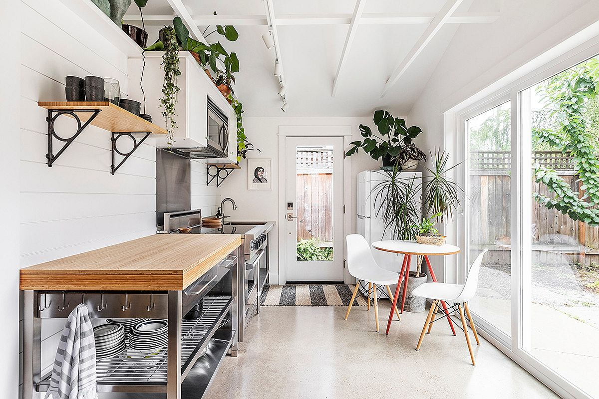 1572454284 500 space savvy goodness 10 small kitchens with tiny breakfast zones - Space-Savvy Goodness: 10 Small Kitchens with Tiny Breakfast Zones
