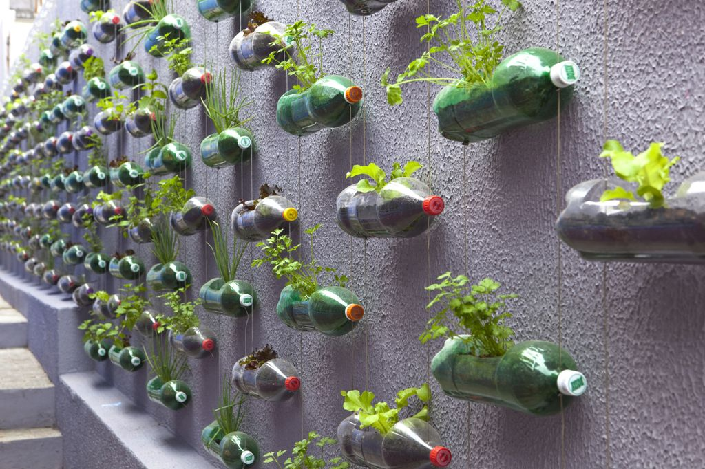 177 diy projects you can make with humble plastic bottles - DIY Projects You Can Make With Humble Plastic Bottles