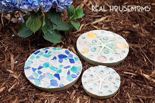 how to make garden stepping stones with unique and quirky designs - How To Make Garden Stepping Stones With Unique and Quirky Designs