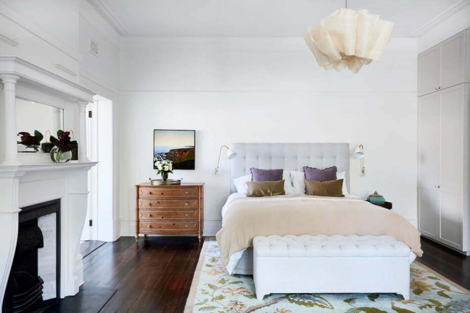 1572605431 649 20 beautiful examples of how a master bedroom should look like - 20 Beautiful Examples Of How A Master Bedroom Should Look Like