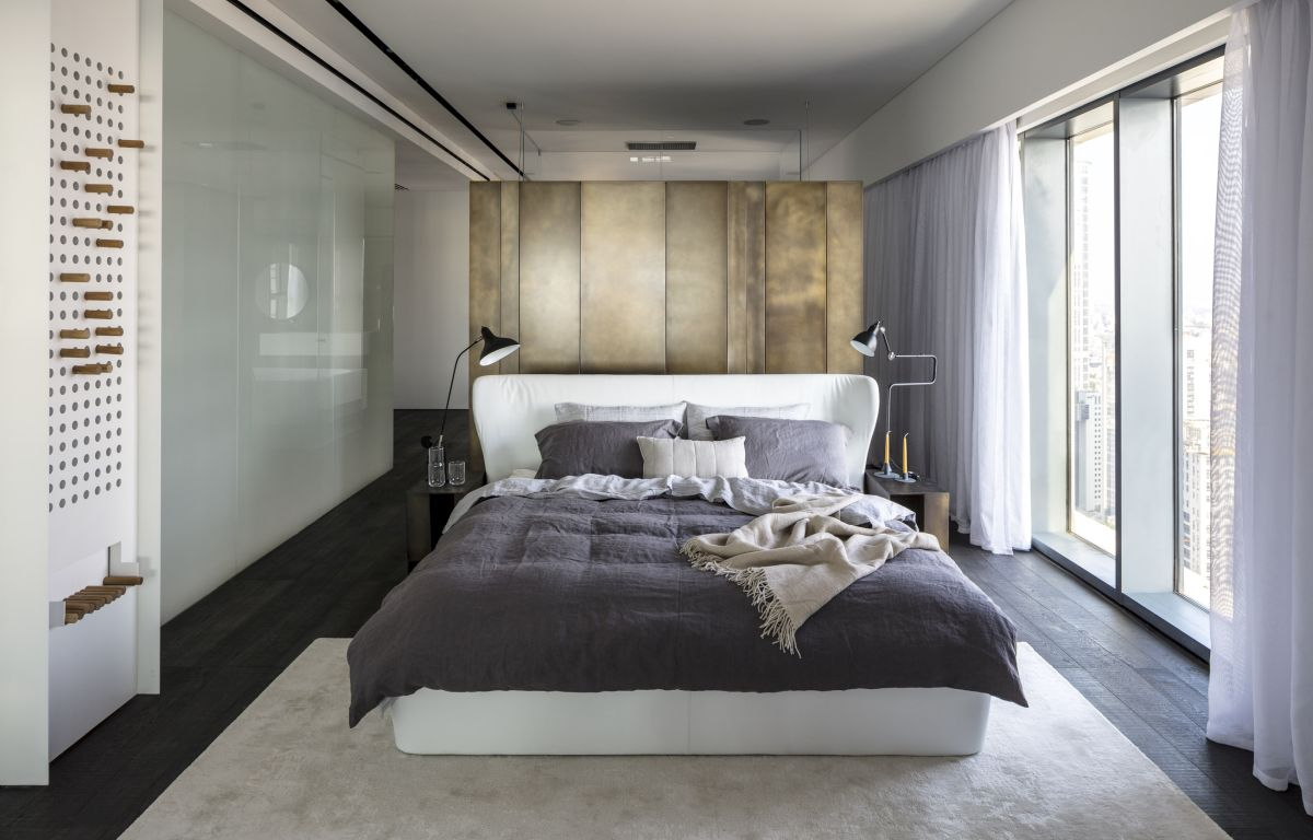 1572605432 328 20 beautiful examples of how a master bedroom should look like - 20 Beautiful Examples Of How A Master Bedroom Should Look Like