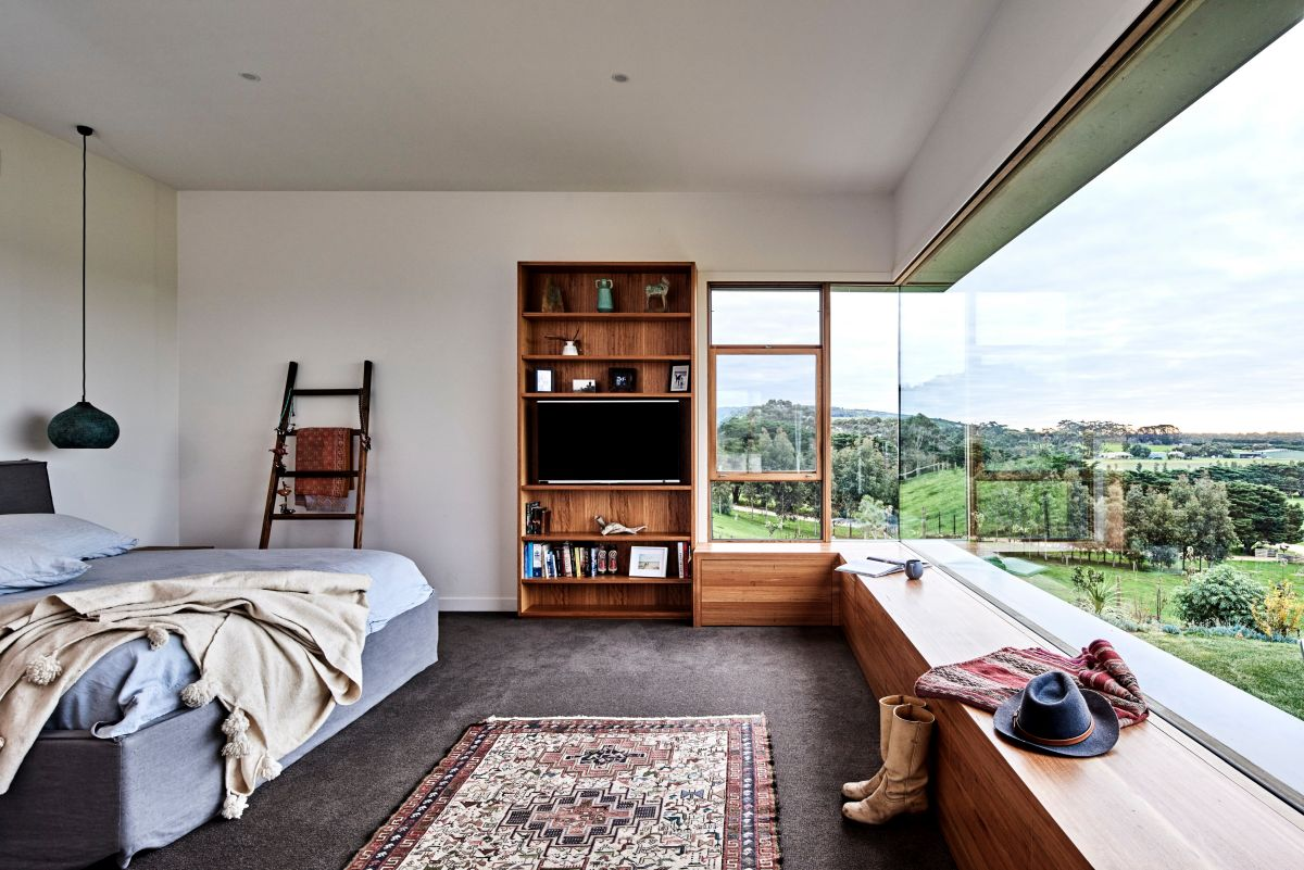 1572605432 362 20 beautiful examples of how a master bedroom should look like - 20 Beautiful Examples Of How A Master Bedroom Should Look Like