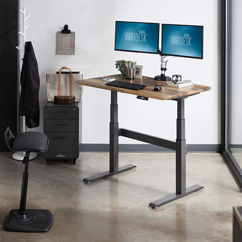 1572697381 365 the best standing desk for your work space - The Best Standing Desk for Your Work Space