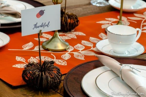 1572879879 219 beautiful thanksgiving decorations that anyone can make - Beautiful Thanksgiving Decorations That Anyone Can Make