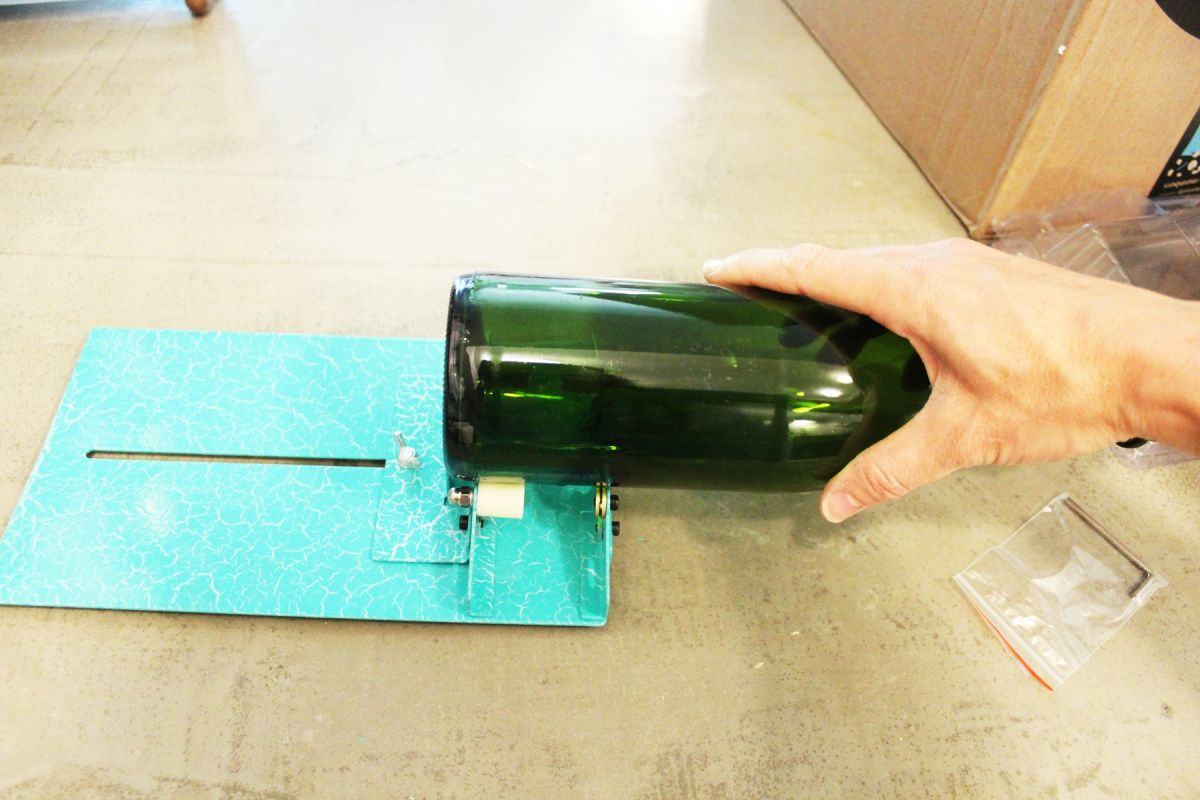 1572952934 800 glass bottle cutter basic tutorial and product reviews - Glass Bottle Cutter: Basic Tutorial and Product Reviews