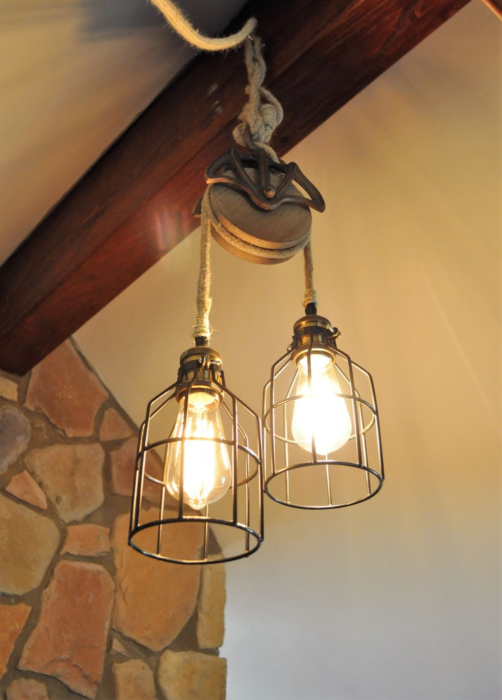 1572953143 928 25 farmhouse lighting ideas for warm and homely decors - 25 Farmhouse Lighting Ideas For Warm And Homely Decors