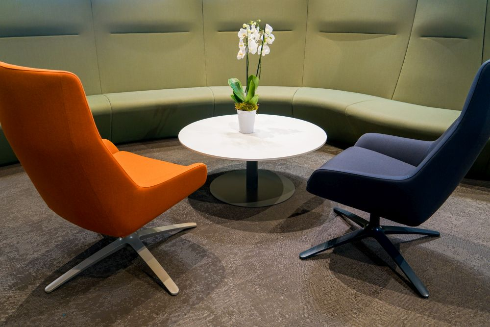 1572958304 107 make your workplace more appealing with these office furniture ideas - Make Your Workplace More Appealing with These Office Furniture Ideas