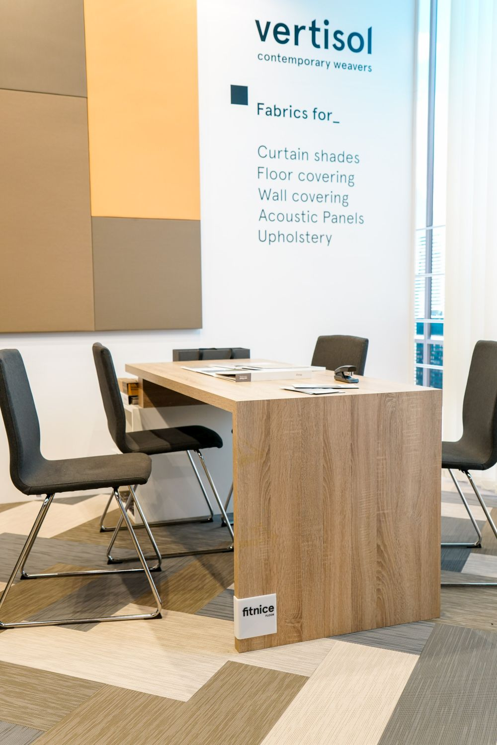 1572958304 478 make your workplace more appealing with these office furniture ideas - Make Your Workplace More Appealing with These Office Furniture Ideas