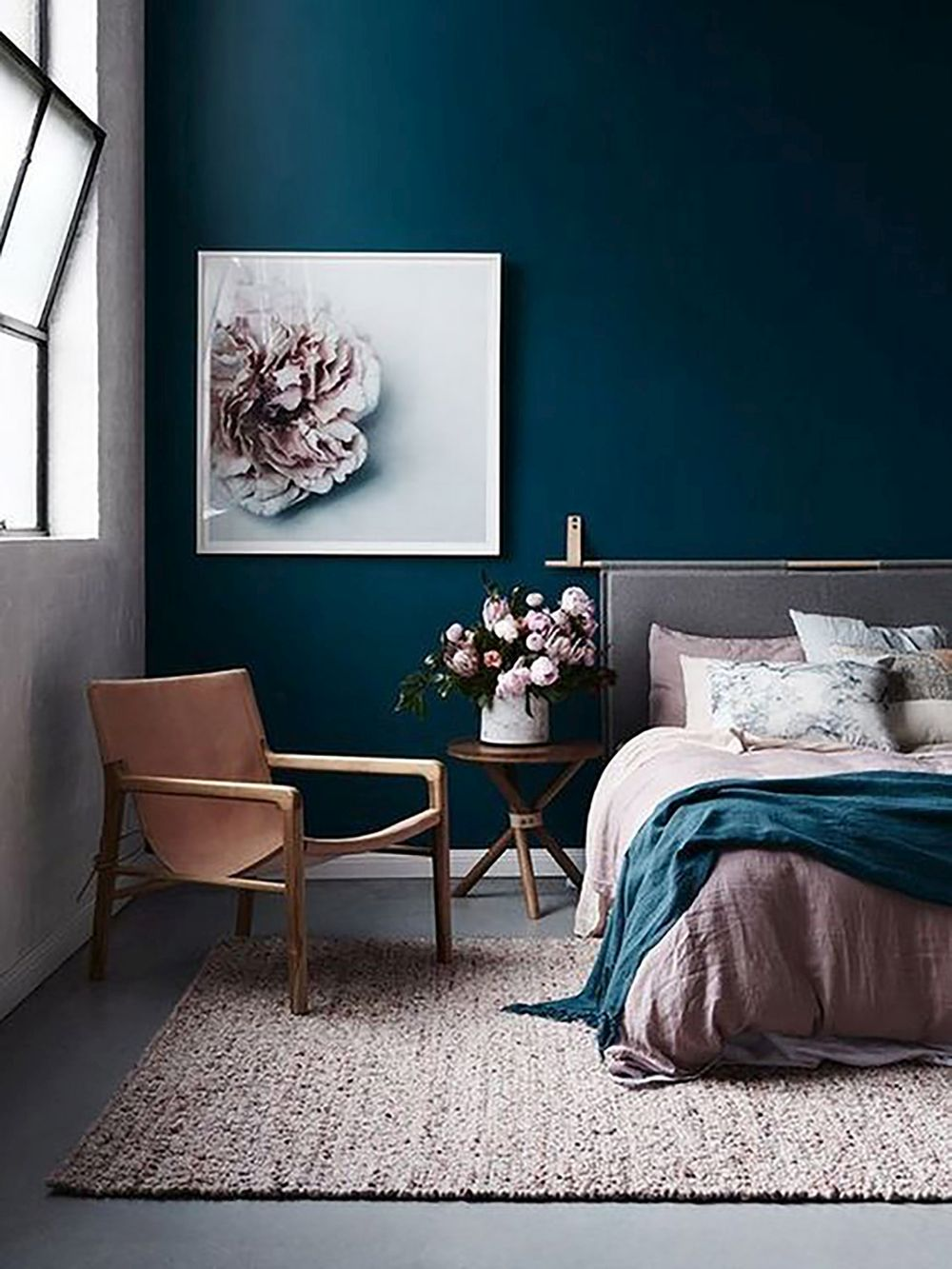 1572969148 534 20 beautiful blue rooms ideas to decorate with blue - 20 Beautiful Blue Rooms – Ideas To Decorate With Blue