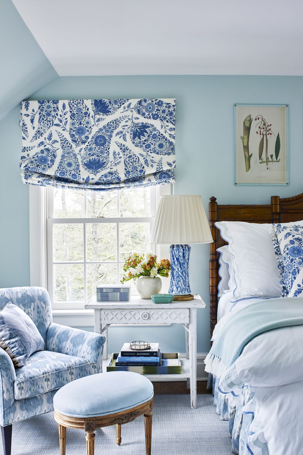 1572969148 926 20 beautiful blue rooms ideas to decorate with blue - 20 Beautiful Blue Rooms – Ideas To Decorate With Blue