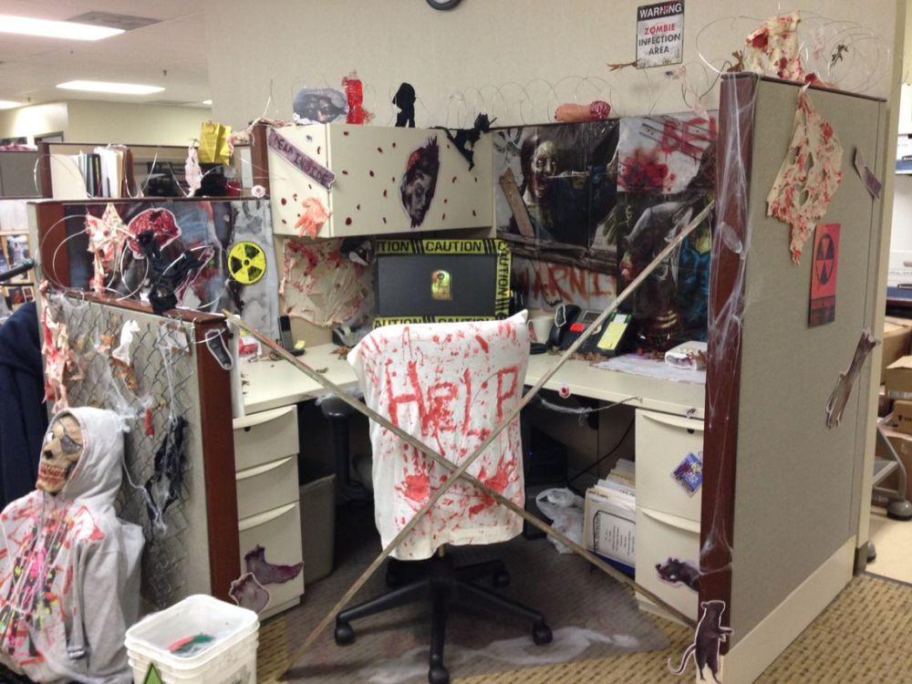 1572969950 186 fun and spooky halloween office decor ideas - Fun And Spooky Halloween Office Decor Ideas