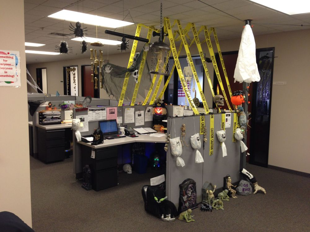 1572969950 214 fun and spooky halloween office decor ideas - Fun And Spooky Halloween Office Decor Ideas