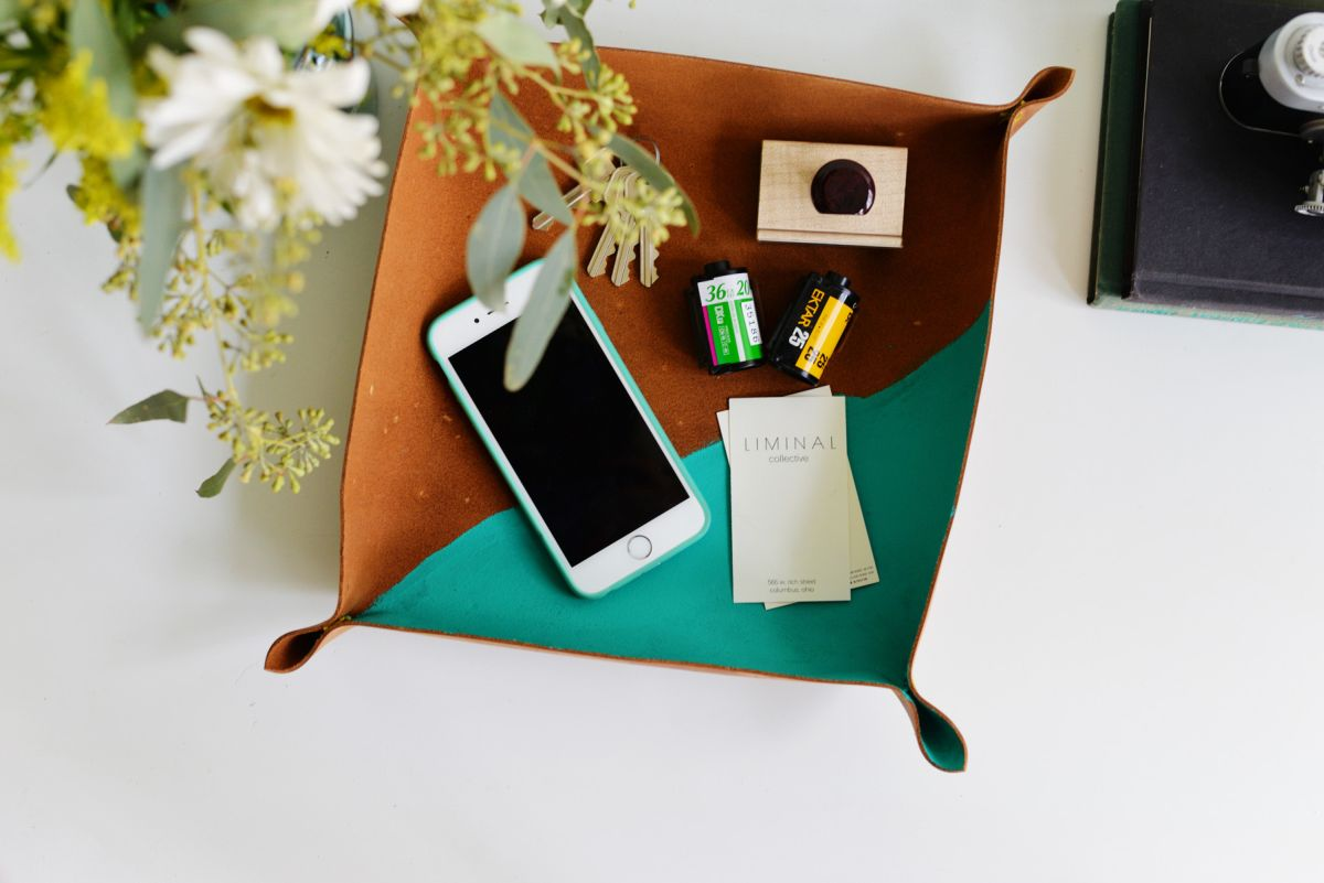 1572980940 816 cool and easy cubicle decor accessories that will brighten up your workday - Cool And Easy Cubicle Decor Accessories That Will Brighten Up Your Workday