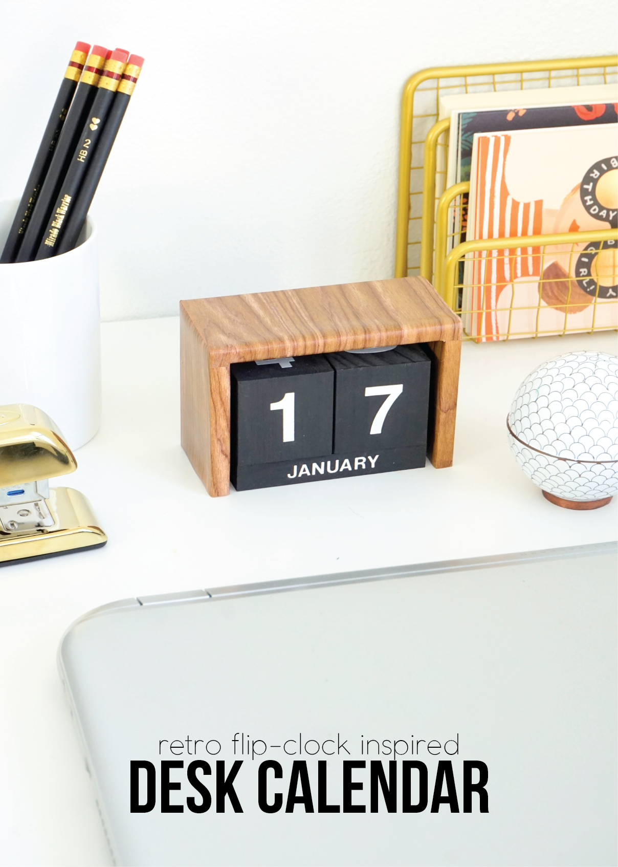 cool and easy cubicle decor accessories that will brighten up your workday - Cool And Easy Cubicle Decor Accessories That Will Brighten Up Your Workday